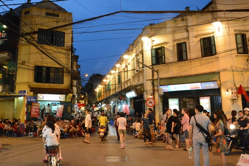 Hanoi's entertainment centers